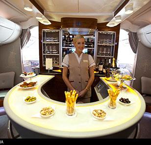 Airbus a380 Emirates Airways bar