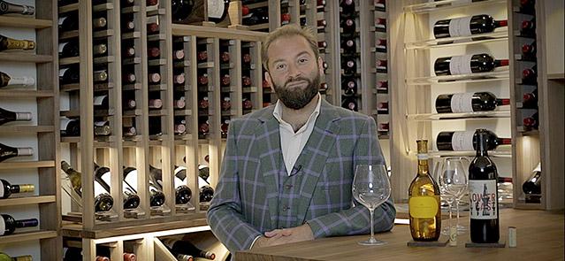 tasting wine main_6